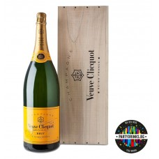 Шампанско Veuve Clicquot Yellow Label Jeroboam WOOD Box 3.0L